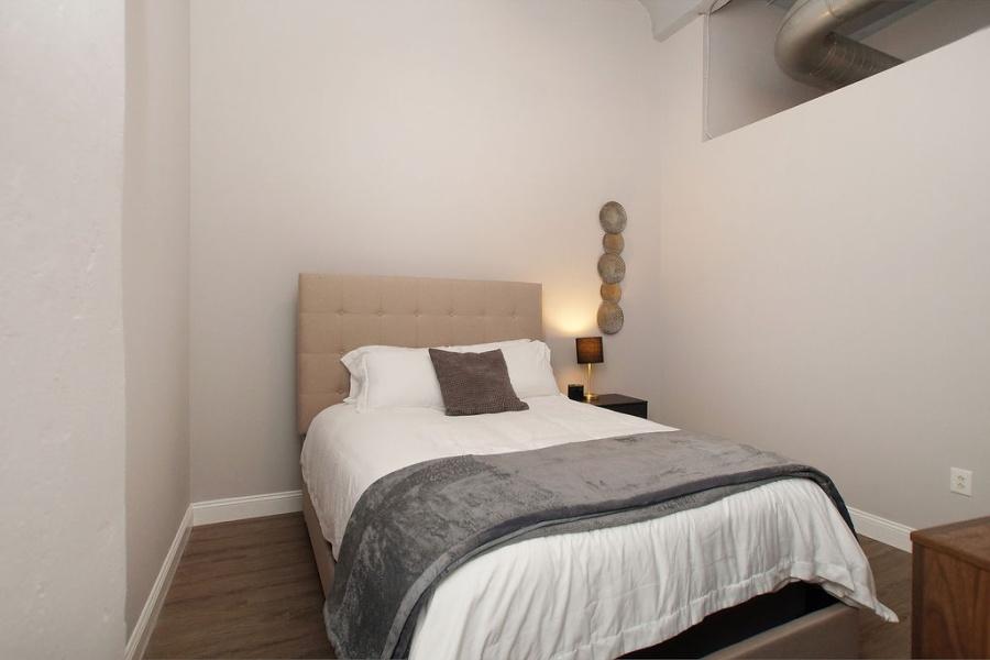 1136 Washington Ave, St. Louis, Missouri 63101, 2 Bedrooms Bedrooms, ,2 BathroomsBathrooms,Loft,Furnished,Meridian,Washington,5,1358