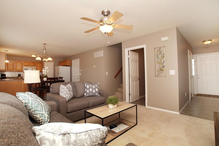 210 Stone Run, Wentzville, Missouri, United States 63385, 2 Bedrooms Bedrooms, ,2.5 BathroomsBathrooms,House,Furnished,Stone Run,1367