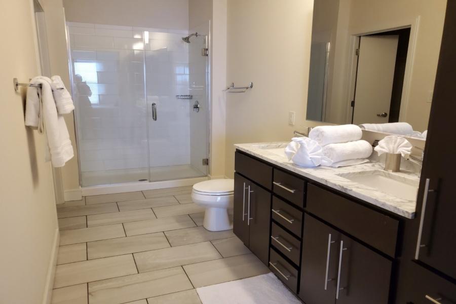 St. Louis, Missouri, 63146, 2 Bedrooms Bedrooms, ,2 BathroomsBathrooms,Apartment,Furnished,Vanguard Heights,Old Olive,1370